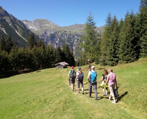 bergwandern obernberg almis berghotel tirol